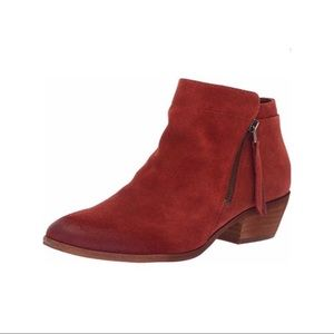 SAM EDELMAN | Packer Ankle Suede Zip Bootie 10
